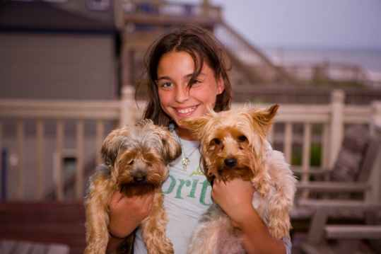 pets-kids-dogs-animal-161462.jpeg